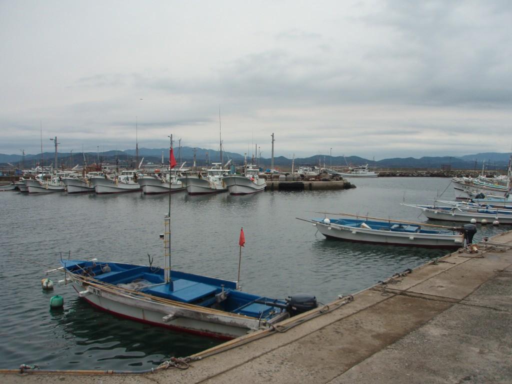 角島郵便局の所の漁港